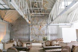 HNYPT, pronounced Honeypot, is a gorgeous, modern spot on our list of unique los angeles wedding venues